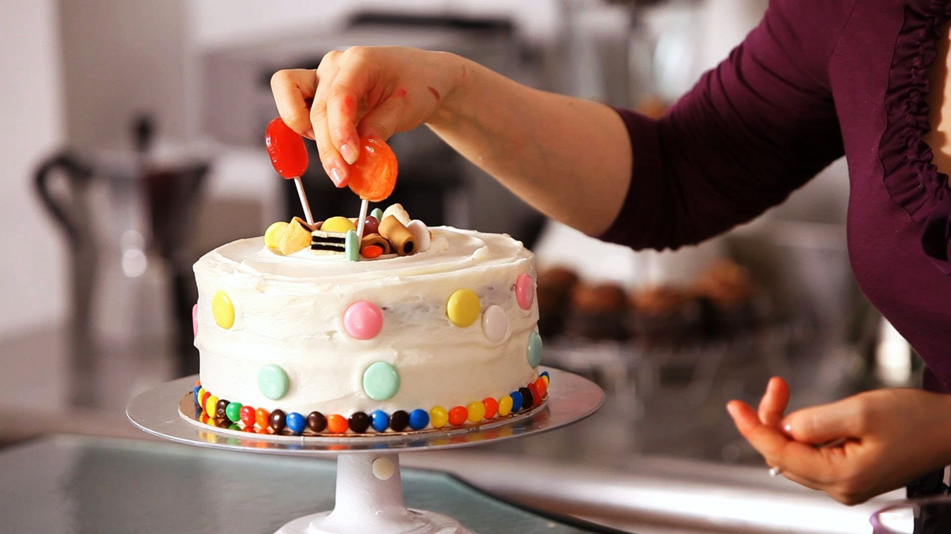 How Soon Can You Decorate A Birthday Cake With Icing